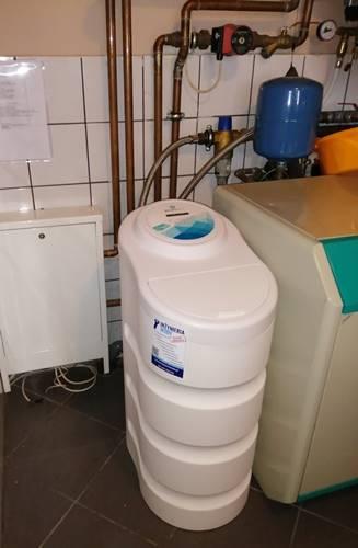 kompaktowy zmiekczacz do wody